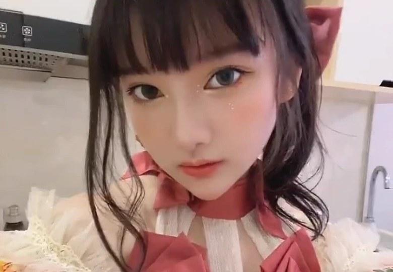 小尤奈 漫展JK事件